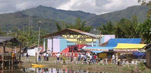 Feria agricultura artesanal Moyobamba 2005 Annual agriculture and craft Fair in Moyobamba